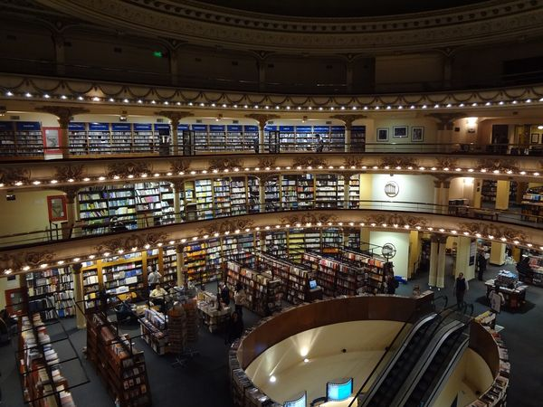 Using technology to boost bookstores